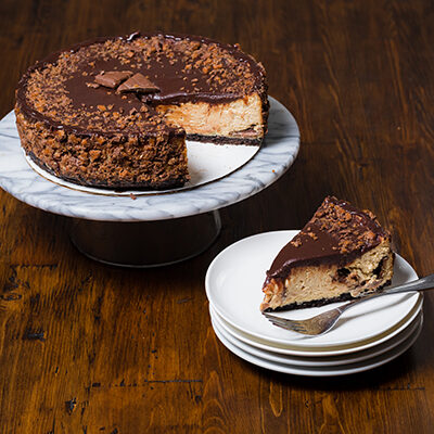 Peanut Butter Skor Cheesecake