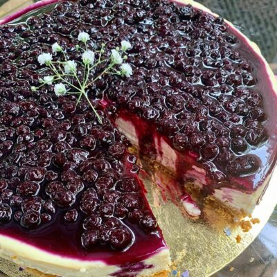 Corrinas-Blueberry-Cheesecake